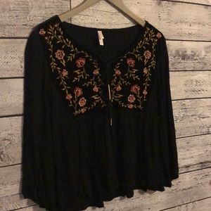 Black boho flower top